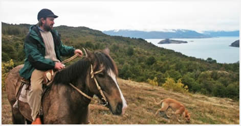 Horseback rides in Puerto Guadal - Lake General Carrera